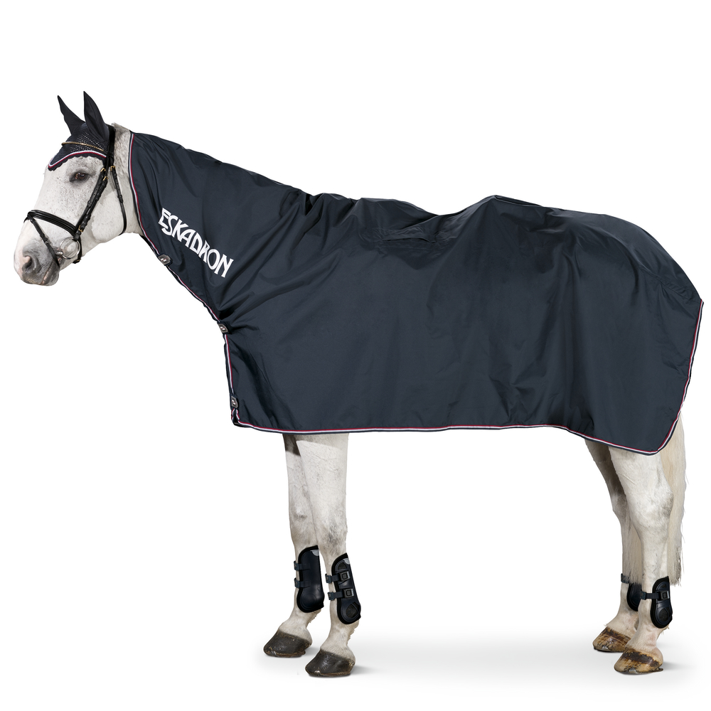 regnskydd sadel häst